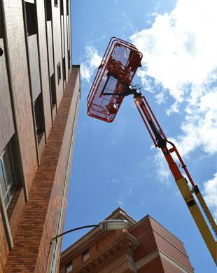 ladder-cincy-hospital-high