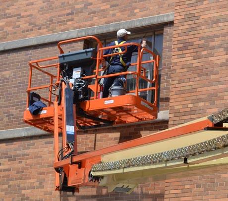 orange-ladder-cincy-hospital-cu-angle