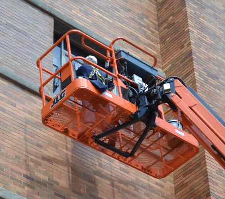 orange-ladder-cincy-hospital-cu